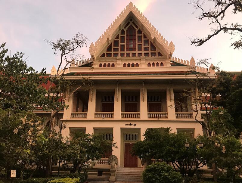 去泰国留学深造,不可不知这八所学校!