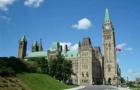 低龄化留学是一个趋势!给你揭秘越来越火爆的加拿大中学留学