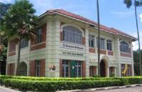 马来亚大学相当于中国什么等级的大学?