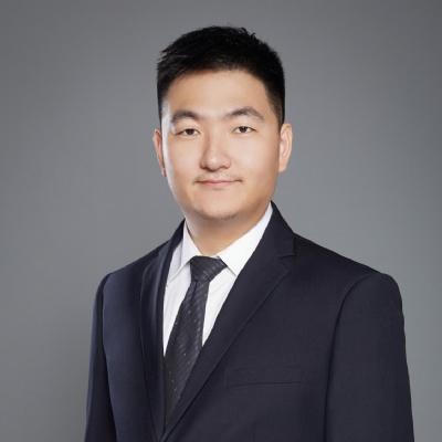 立思辰留学北美首席留学顾问 卢成烨老师