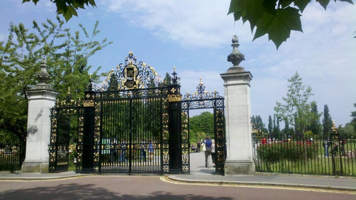即将前往英国留学的你,知道这些生活习俗吗?
