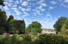 依山傍海且坐落在邓迪市中心的邓迪大学