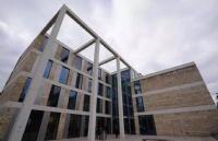 综合性多科大学丨就数英国朴次茅斯大学
