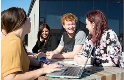 新西兰这个好移民的紧缺专业应该选哪个学校呢?