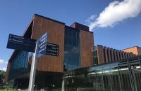 加拿大前五大学院类奖学金及政府奖学金
