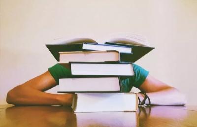 为什么要选择去英国留学读研!