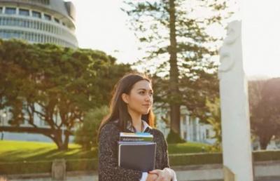 新西兰留学:新西兰留学陪读签证分类及申请要求