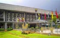 马来亚大学每年在中国大陆录取多少研究生?
