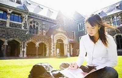 新西兰留学 在奥克兰读预科ACG和泰勒哪所好?