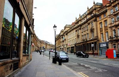 英国留学�蛄粞�生如何在英国换汇?
