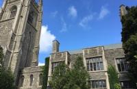 加拿大歌摩士谷教育局学一年学费多少钱?