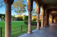 澳大利亚莫道克大学住宿费需要多少?