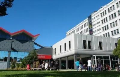怎么样能考上惠灵顿理工学院?