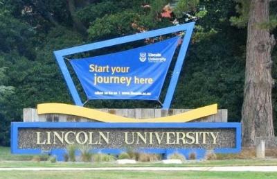 这是来自新西兰林肯大学的问候!期待您在此成长