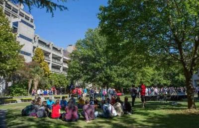 高中毕业留学新西兰可以选择坎特伯雷大学大一快捷UTP课程