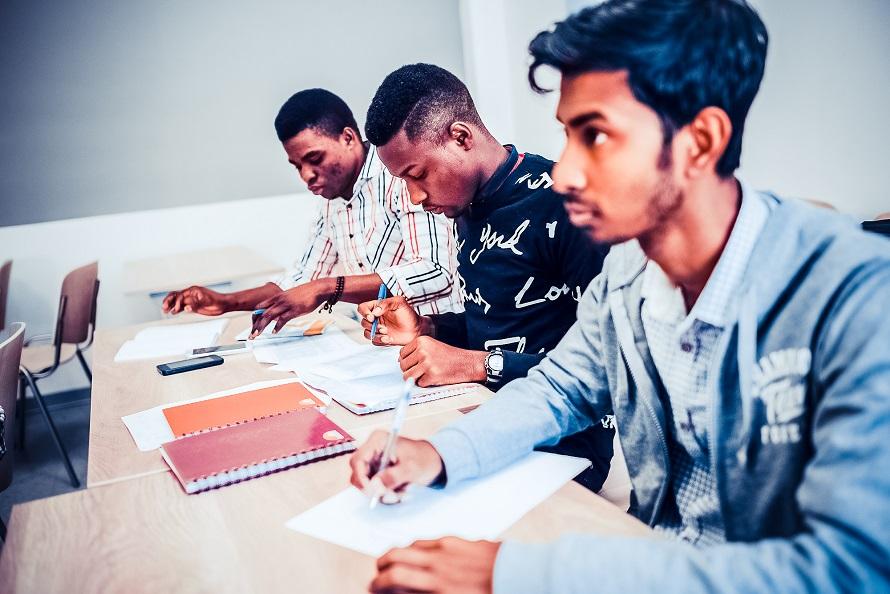 留学必备:2019年下半年俄语等级考试报名通知(ТРКИ)