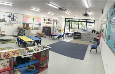 新加坡海外国际家庭学校针对不同年龄段学生有提供哪些课程?