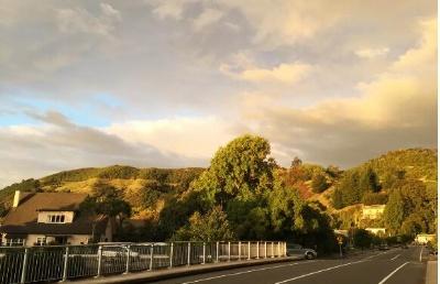 新西兰读中学第二大男女混合中学:雅芳戴尔高中