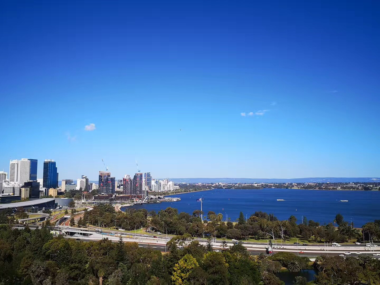 别只知道悉尼墨尔本!澳洲留学性价比最高的几个地区是这些...