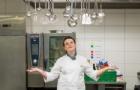 CAA库林那学生:令人难忘的皇室御厨餐厅实习之旅!