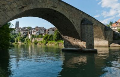 瑞士留學要交多少保證金