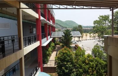 中学生去马来西亚读高中有什么要注意的?