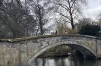 留学要做早起鸟,石学生顺利入读英国名校布里斯托大学