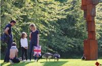 欲带皇冠必承其重,英国留学需要你的汗水及努力