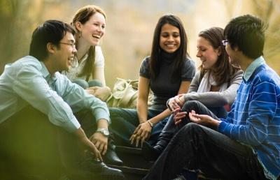 新西兰留学语言学校有几种,费用高不?