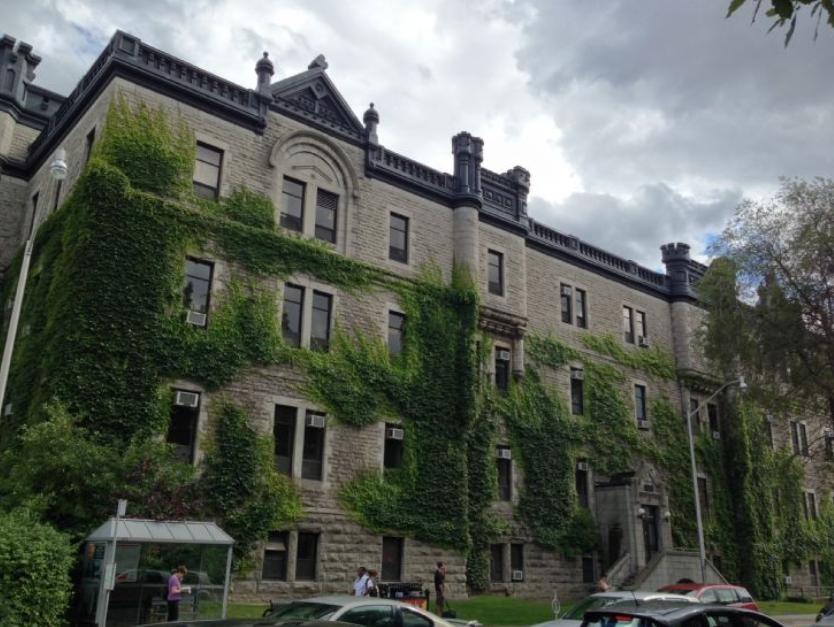 2020加拿大Top15院校雅思最低成绩要求汇总
