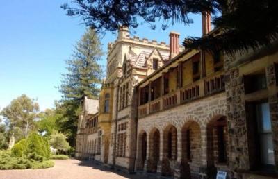 结合学生需求定位学校,西澳大学offer来了!