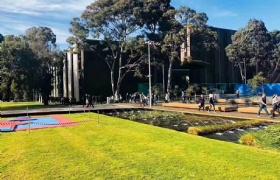 双非无雅思,专业分析+合理规划,成功申请莫纳什大学!