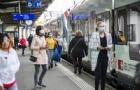 建议您在乘坐拥挤的火车和公交通勤时佩戴口罩