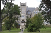 湖首大学:科研实力超强的加拿大基础类大学