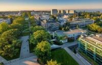 去温哥华一定要考虑这所大学!她可能是全加最美大学!
