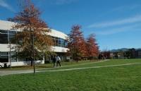 不只是知名大学:菲莎河谷大学你需要知道这些!