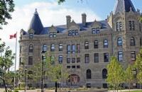 温尼伯大学相当于中国什么等级的大学?