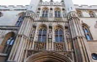 就业前景非常可观,英国留学十大热门专业之一酒店管理专业!