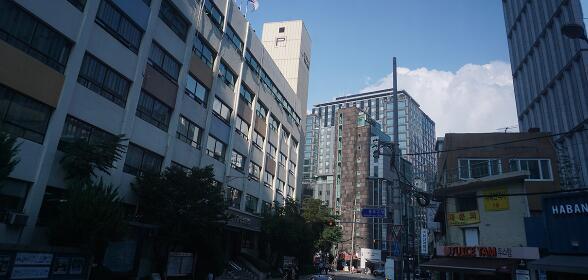 去韩国读大学,需要中国高考成绩吗?
