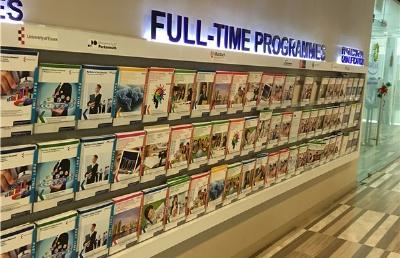 申请这所新加坡私立学校,2年取得世界知名大学文凭!