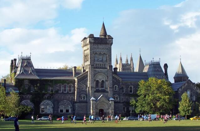 加拿大学校考虑包机接回留学生!提供隔离酒店,免费吃住、接送!
