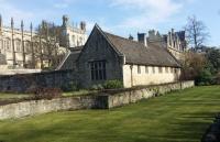 为什么牛津大学评价那么高?