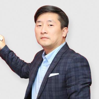 美国留学顾问 裴晶老师