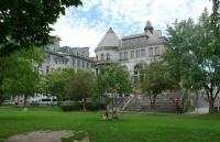 麦克顿大学到底怎么样?是否名不副实?