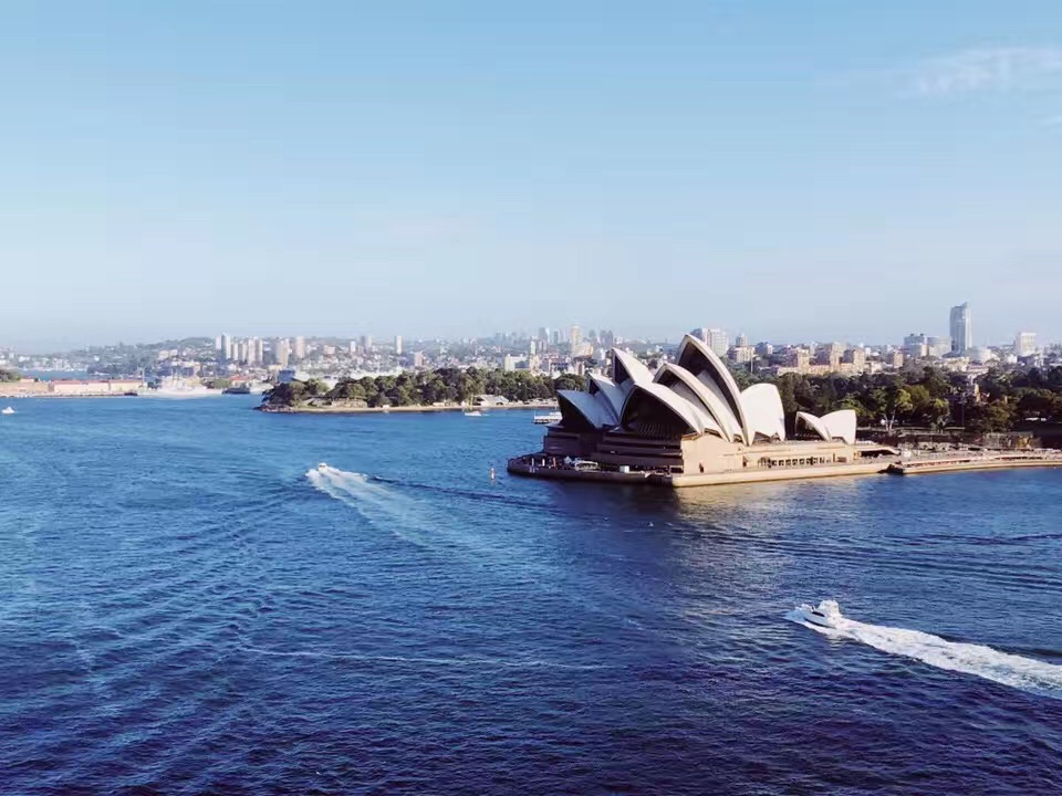 留学生最强福利来袭!澳洲免签证费续学签8.5号正式开启!