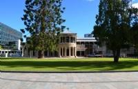 詹姆斯库克大学本科学费、生活费大概多少?