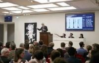 从事艺术品拍卖行业是什么体验?EAC艺术文化管理学院给你答案!