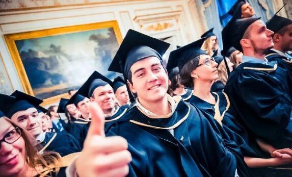 选择俄罗斯大学时,需要注意哪些内容?