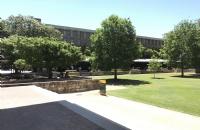 悉尼大学部分专业录取要求调整,这一专业录取降分!