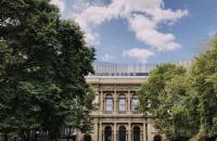 在澳大利亚圣母大学读本科需要多少钱?
